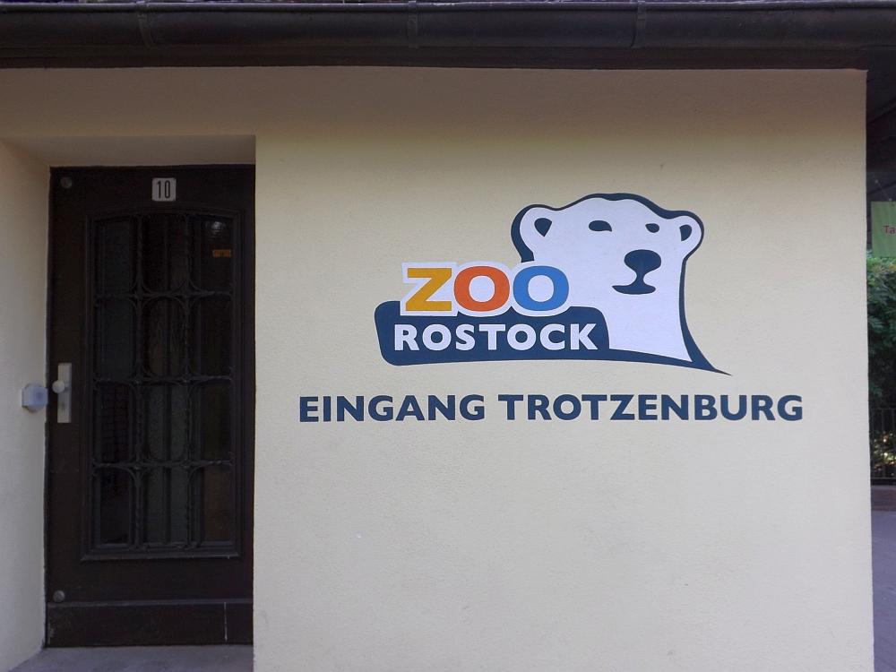 Eingang Trotzenburg (Zoo Rostock)