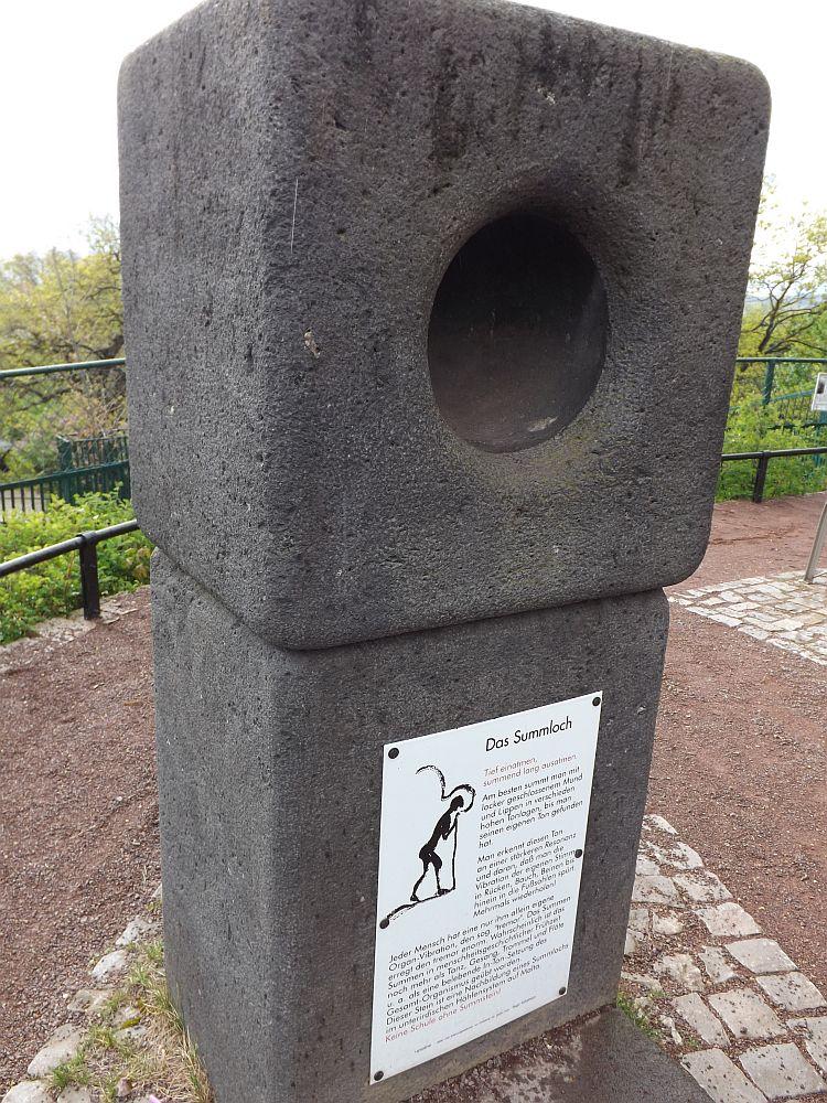 Summloch (Bergzoo Halle)