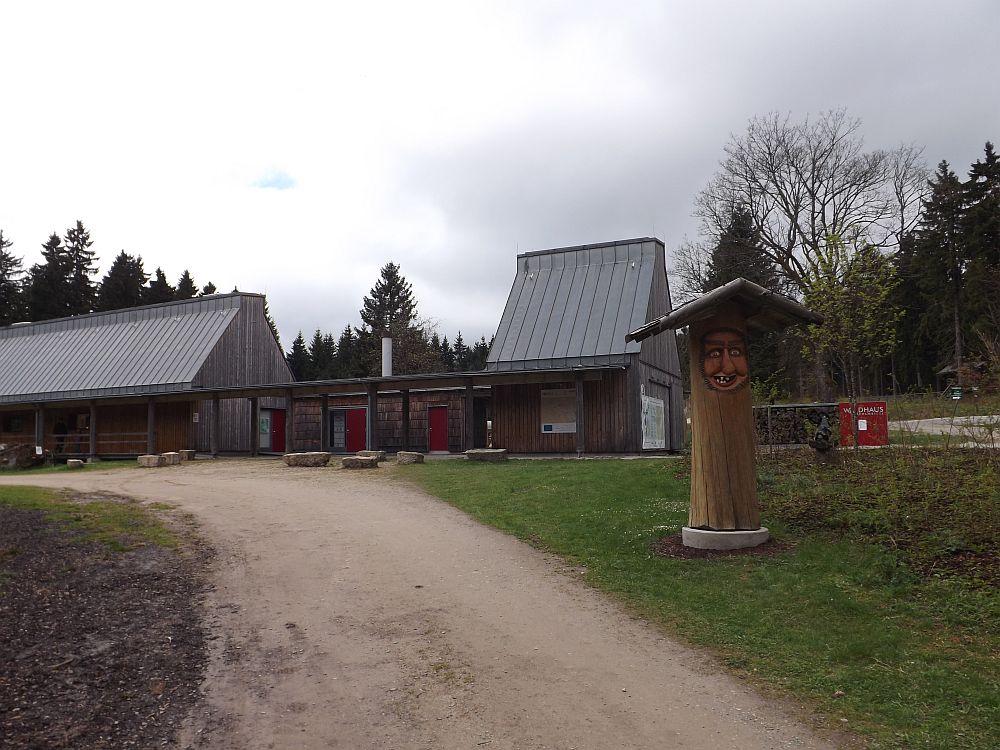 Waldhaus/Eingang (Wildpark Mehlmeisel)