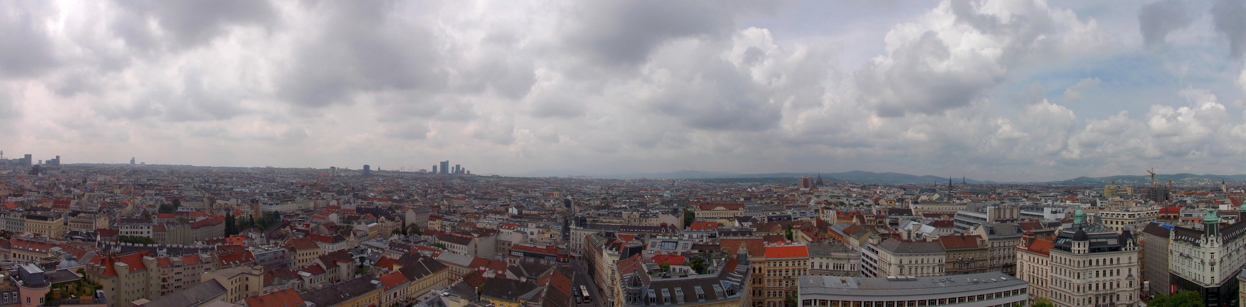 Blick vom Haus des Meeres auf einen Teil von Wien
